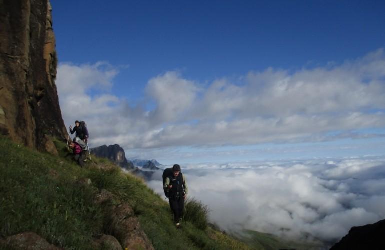 Cathedral Peak Circuit Hike (1-5 April 2022)