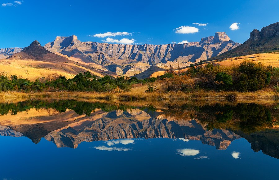 Easy to Intermediate Drakensberg Hikes